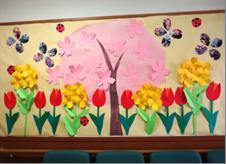 春の花を存分に堪能出来る壁画飾り