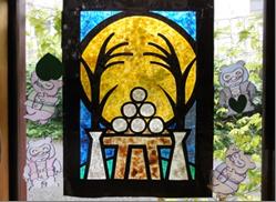 ステンドグラスがキレイな十五夜の壁画飾り
